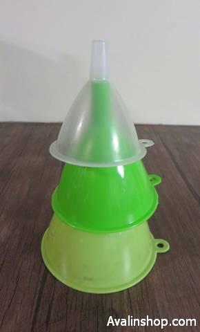 قیف پلاستیکی