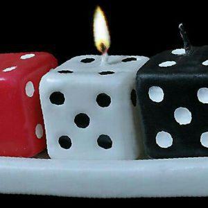 شمع ظرف سه تایی تاس