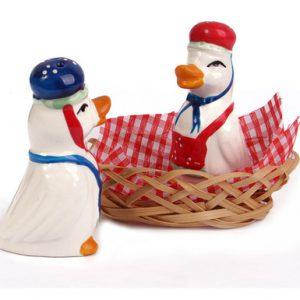 نمکدان و فلفلدان آقا و خانم اردک